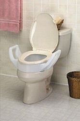 Elevated Toilet Seat w/Arms Standard 19 Wide