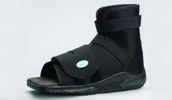 Slimline Cast Boot Black Square-Toe Adult Large