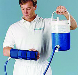 Aircast Hand and Wrist Cryo- Cuff w/ Cooler