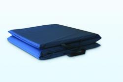 Bedside Mat Tri-Fold 3-Ply Vinyl 1.5 x24 x72