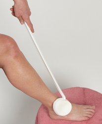 Lotion Applicator Swiveling Long Handled