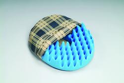 Convoluted Foam Softeze Ring 16Ñ x 14 1/8 Plaid Cover