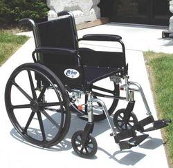 K3 Wheelchair Ltwt 18 w/DFA & S/A Footrests Cruiser III