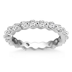 Category: Dropship Jewelry, SKU #97048-4, Title: 14k White Gold Common Prong Round Cut Diamond Eternity Ring, size 4