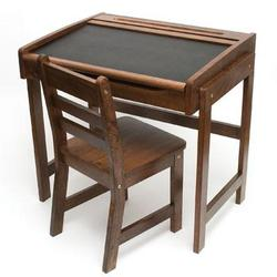 Lipper Child Chalkbd Dsk Chair Walnut