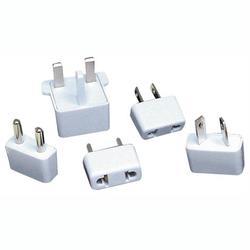 LENMAR AC5 5-Piece International AC Plug Converter Set