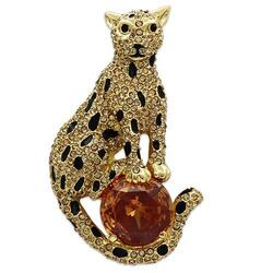 LO2399 - White Metal Brooches Gold Women AAA Grade CZ Champagne