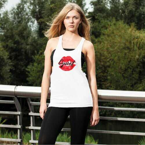 Sweet Kiss Red Lipstick Black Graphic Text Style Women'S Loose Racerback Tank Top