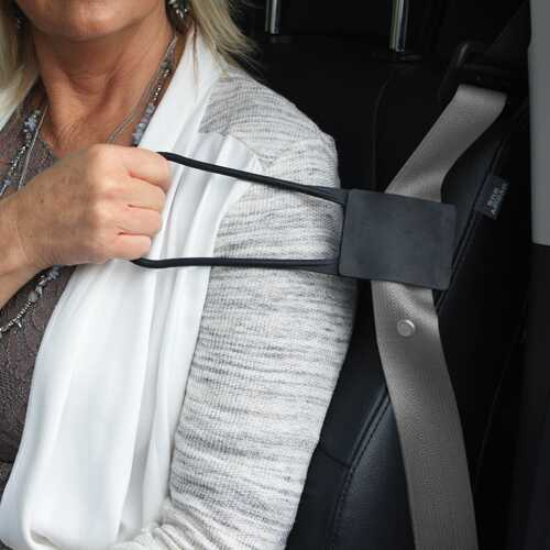 Grab N' Pull Seatbelt Reacher