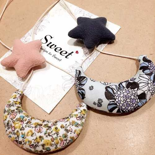 Cute Handmade Cotton Moon Star Christmas Gifts Sweater Necklaces For Kids