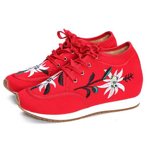 Chinese Embroidered Lace Up Casual Round Toe Shoes