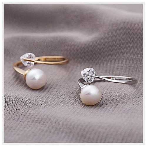 Love & Innocence Ring of Diamond Heart and Pure Pearl