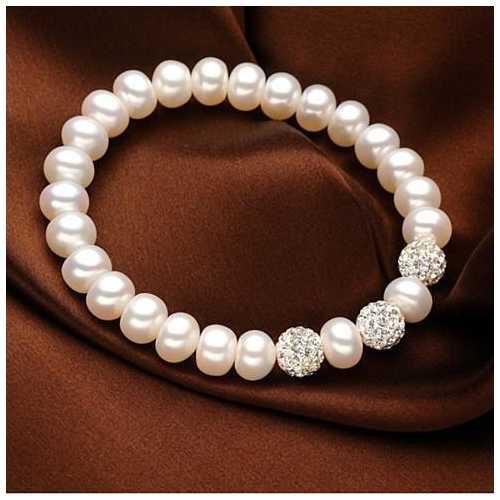 Venus Italian Pearl Bracelet - With 3 Crystal Moon Beads