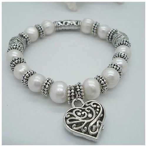 Charming Heart Pearl And Silver Bracelet