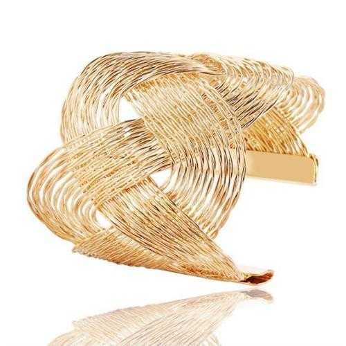 ROMANCE The Interlocking Waves Bracelet