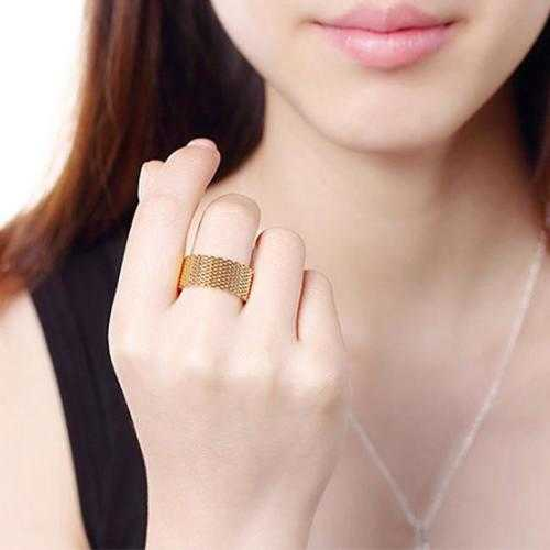 Cherish Mesh Rings In 18kt Gold Plating Rose Gold Plating And 925 Silver Plated