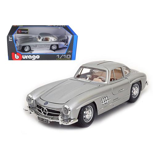 1954 Mercedes 300 SL Gullwing Silver 1/18 Diecast Model Car by Bburago
