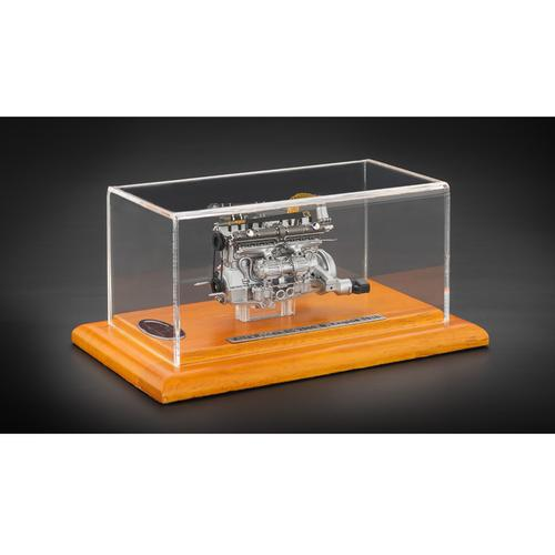 Engine with Display Showcase Limited to 1000 pcs from 1938 Alfa Romeo 8C 2900B 1/18 Diecast Model by CMC