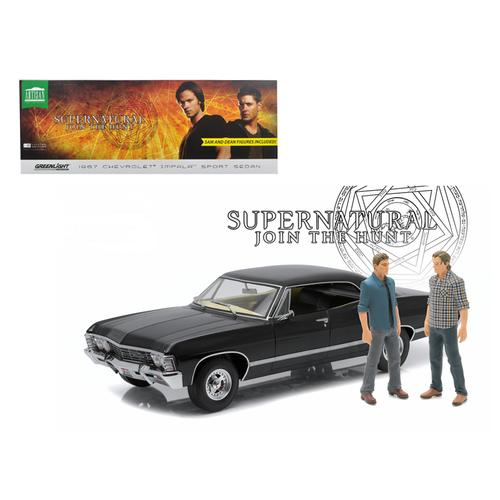 "1967 Chevrolet Impala Sport Sedan with Sam and Dean Figures ""Supernatural"" (2005) TV Series 1/18 Diecast Model Car by Greenlight"