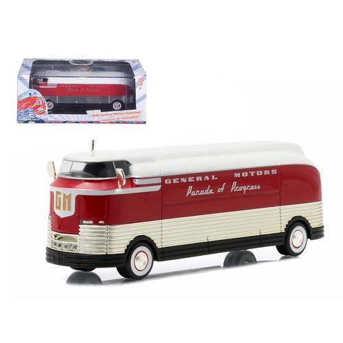 """1940 General Motors Futurliner """"Parade of Progress"""" Hobby Exclusive 1/64 Diecast Model by Greenlight"""