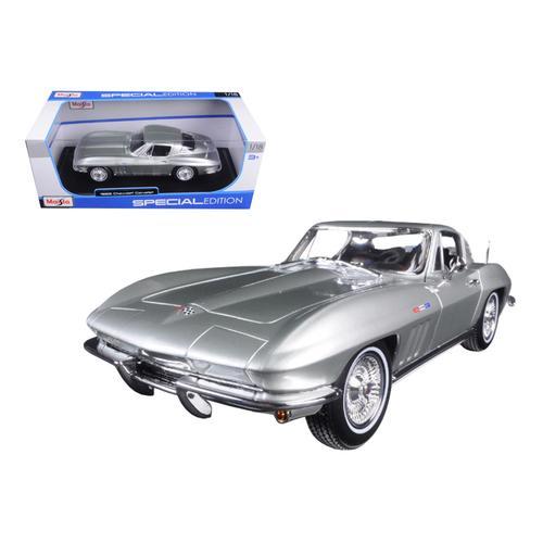 1965 Chevrolet Corvette Silver 1/18 Diecast Model Car by Maisto