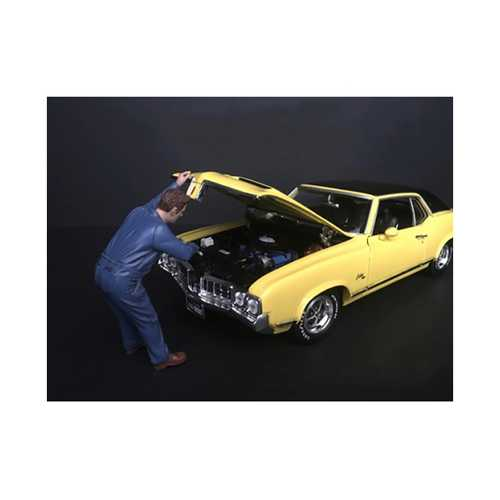 Mechanic Frank Under the Hood Figurine for 1/24 Scale Models by American Diorama