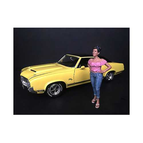 """Hanging Out II"" Gloria Figurine for 1/24 Scale Models by American Diorama"