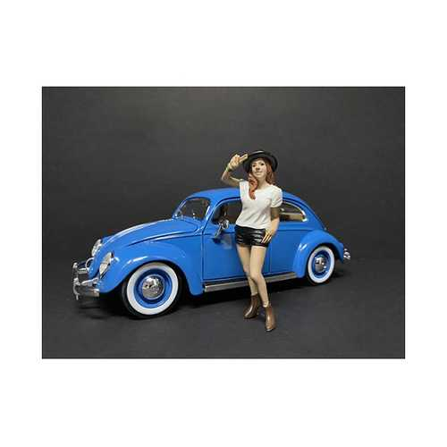 """""""Partygoers"""" Figurine I for 1/24 Scale Models by American Diorama"""