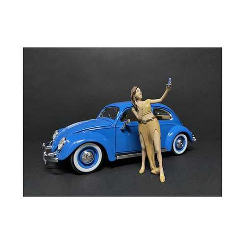 """""""Partygoers"""" Figurine V for 1/24 Scale Models by American Diorama"""