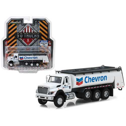 "2018 International WorkStar Tanker Truck ""Chevron"" White S.D. Trucks Series 5 1/64 Diecast Model by Greenlight"