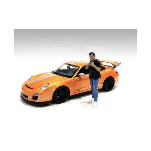 """Car Meet 1"" Figurine VI for 1/18 Scale Models by American Diorama"