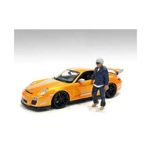 """""""Car Meet 1"""" Figurine IV for 1/24 Scale Models by American Diorama"""