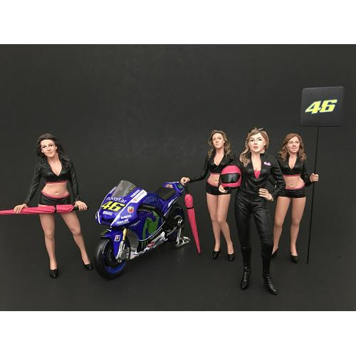 Girls Team 4 Piece Figure Set For 1:24 Scale Models by American Diorama
