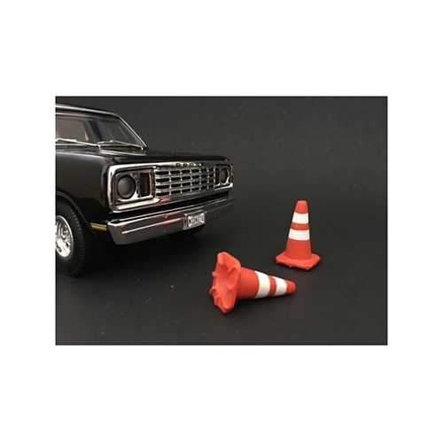 Traffic Cones Accessory Set of 4 pieces for 1/18 Scale Models by American Diorama