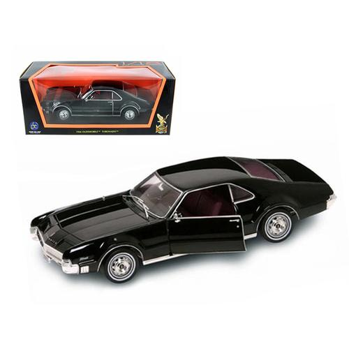 1966 Oldsmobile Toronado Black 1/18 Diecast Model Car by Road Signature