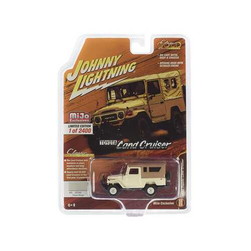 1980 Toyota Land Cruiser Dune Beige with Brown Top Limited Edition to 2,400 pieces Worldwide 1/64 Diecast Model Car by Johnny Lightning