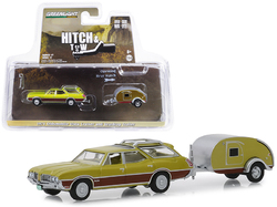 """1971 Oldsmobile Vista Cruiser and Teardrop Travel Trailer Green """"Hitch & Tow"""" Series 17 1/64 Diecast Model Car by Greenlight"""