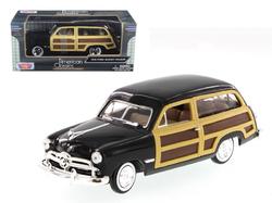 1949 Ford Woody Wagon Black 1/24 Diecast Model Car by Motormax