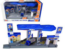 """Gulf"" Electronic Gas Station Diorama with Light and Sound and Tanker Truck 1/64 Model by Motormax"