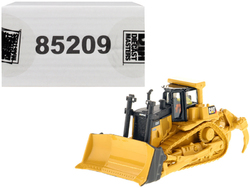 """CAT Caterpillar D9T Track Type Tractor with Operator """"High Line"""" Series 1/87 (HO) Scale Diecast Model by Diecast Masters"""