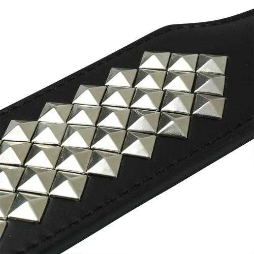 SEX & MISCHIEF STUDDED PADDLE