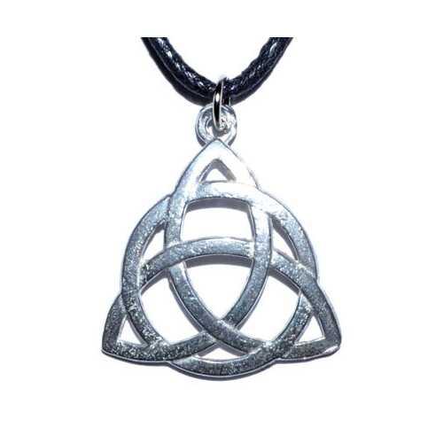 """1"""" Triquetra amulet"""