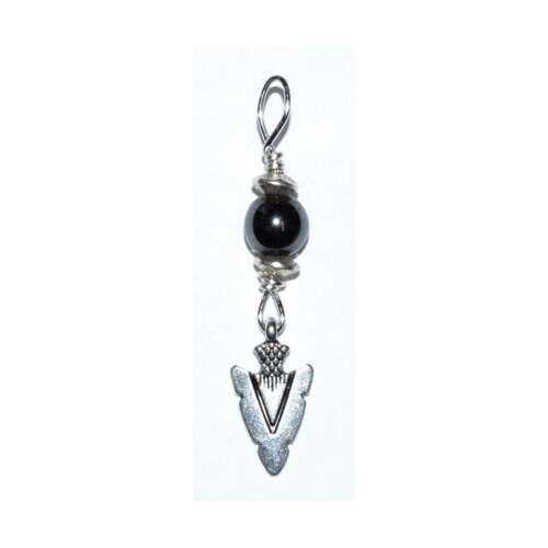 Arrowhead pendant with hematite bead