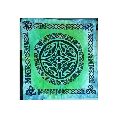 "36"" x 36"" Shield Knot altar cloth"