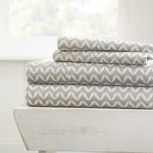 Case of [16] Soft Essentials? Premium Ultra Soft 4 Piece Puffed Chevron Bed Sheet Set - King - Light Blue