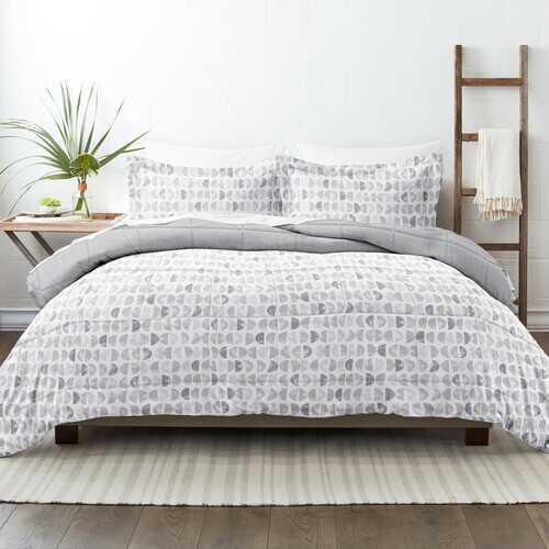 Case of [9] Home Collection Premium Down Alternative Moonlight Stars Reversible Comforter Set