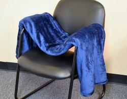 "Case of [12] Oversized Deluxe Mink Blanket 60"" x 72"" - Navy Blue"