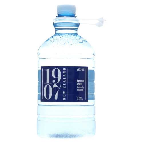 1907 - New Zealand Artesian Water - Case of 8 - 67.6 fl oz.