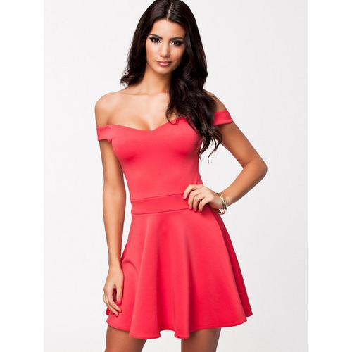 Sexy Wrapped chest Dress with Hollow-out Back Pink