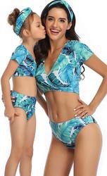 V-neck Blue Floral print Short Sleeve  Swimsuit Set